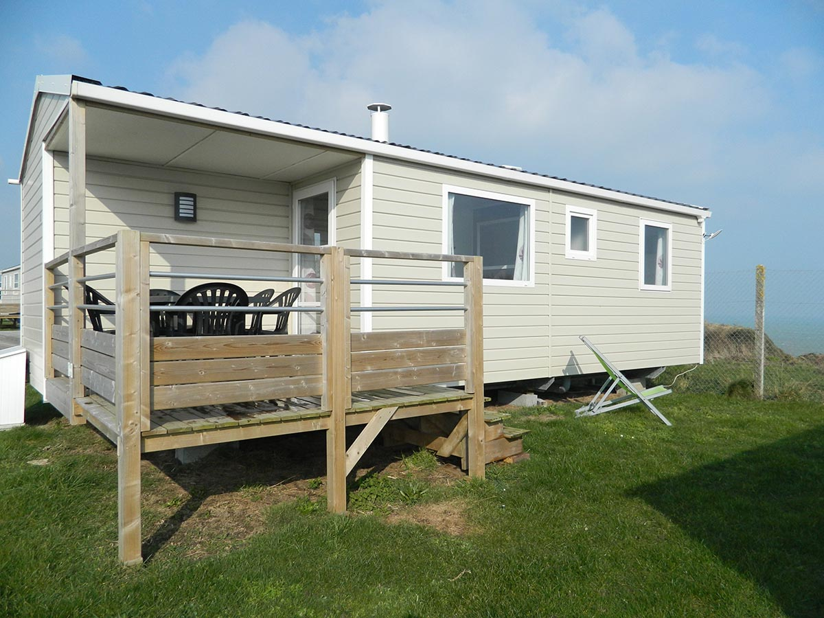 Rapid'home alizée 3 chambres terrasse semi couverte gamme standard camping omaha beach