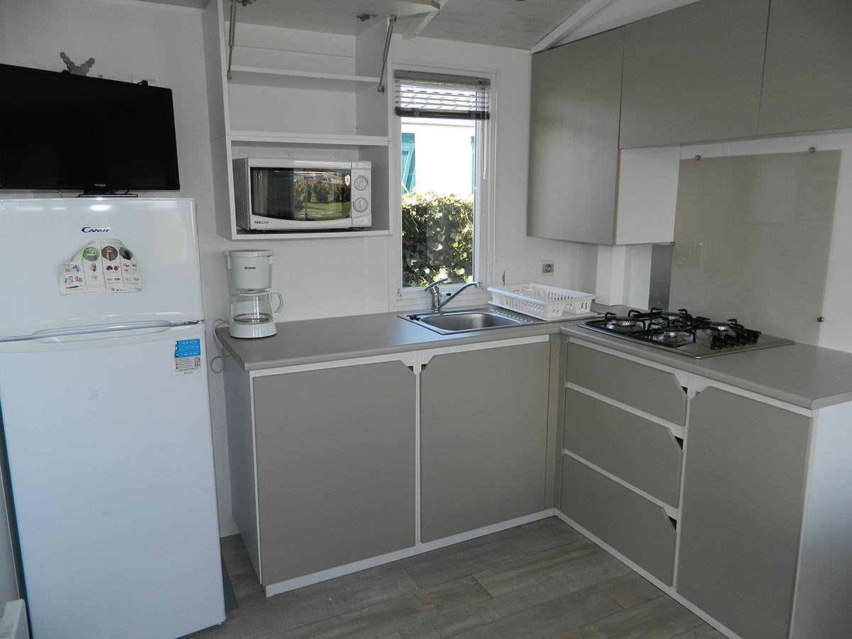IRM Loggia 3 chambres terrasse semi couverte gamme standard camping omaha beach cuisine